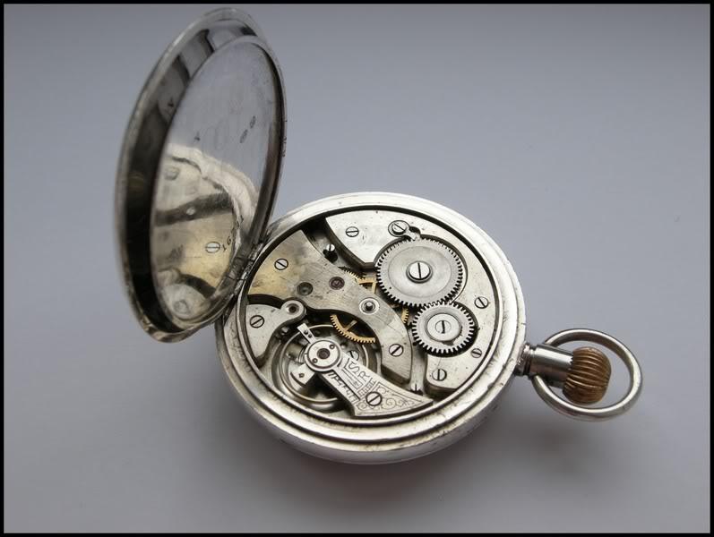 Guide richement illustré : les montres de poche courantes DSCN0494-1