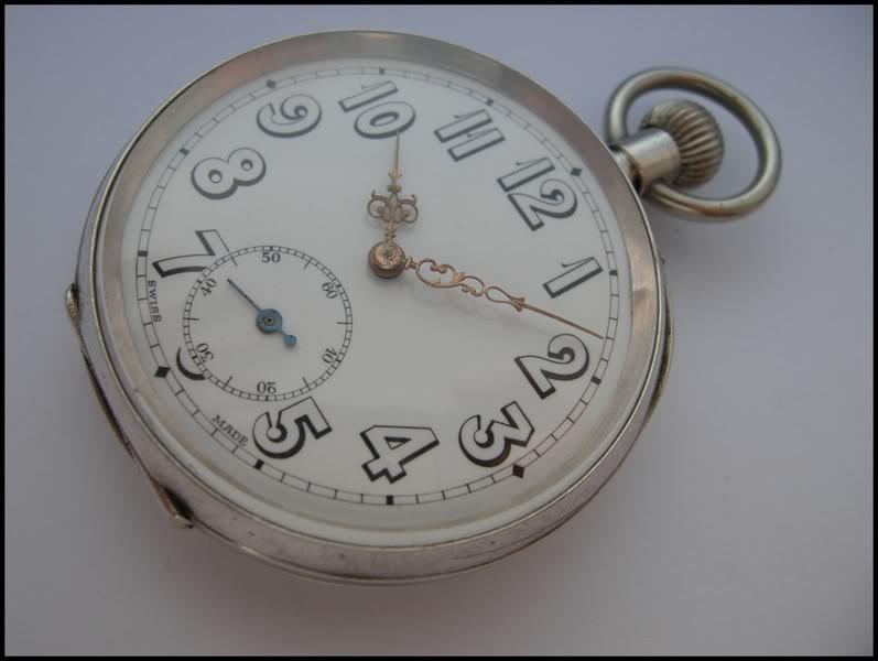 Guide richement illustré : les montres de poche courantes DSCN0591-1