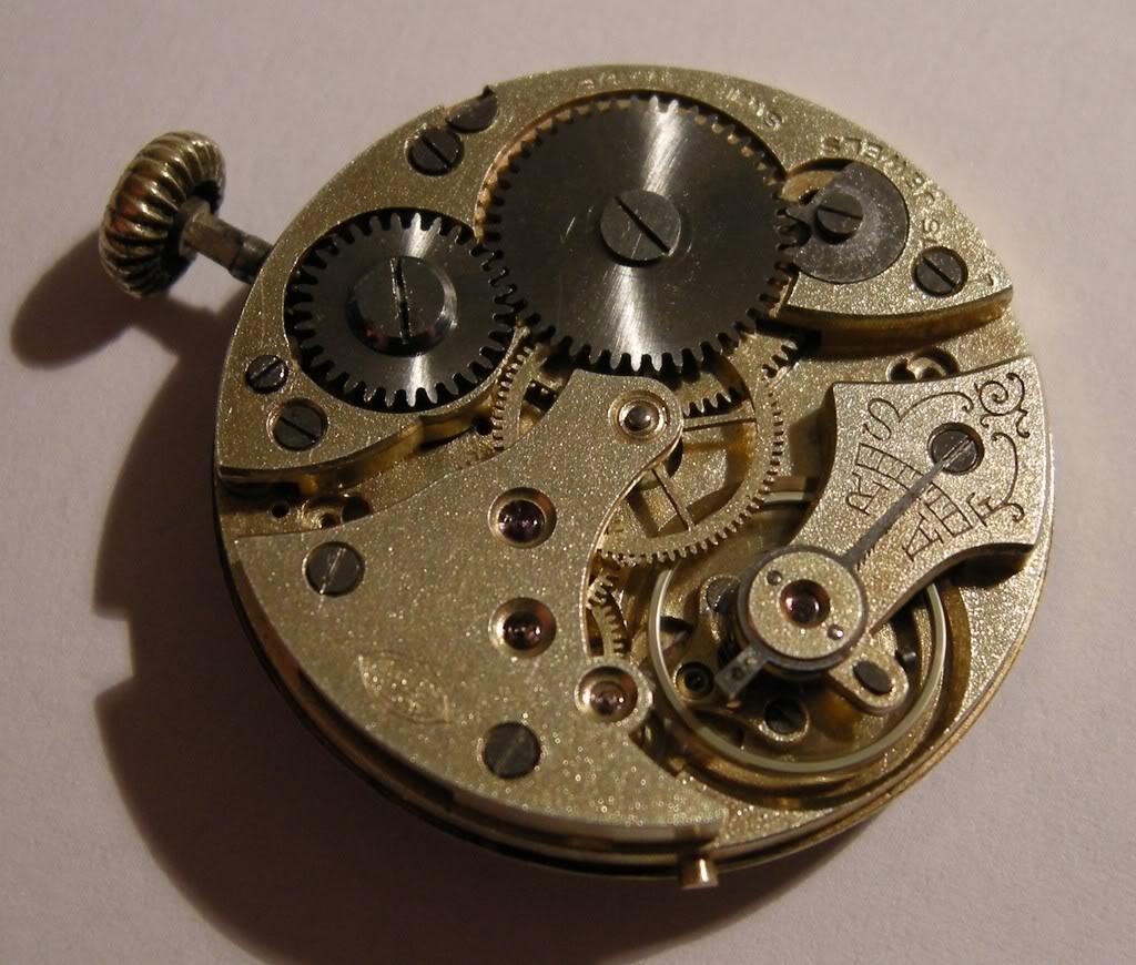 Révision d'une montre de poilu Cortébert DSCN0604-2