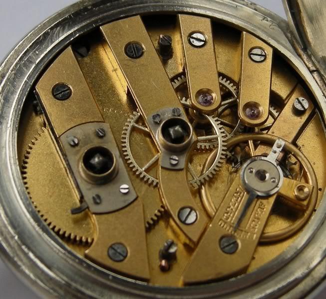 Guide richement illustré : les montres de poche courantes DSCN0744-5