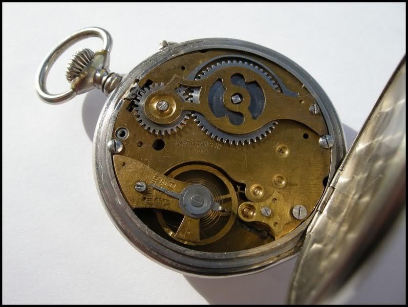 Guide richement illustré : les montres de poche courantes DSCN0812-1
