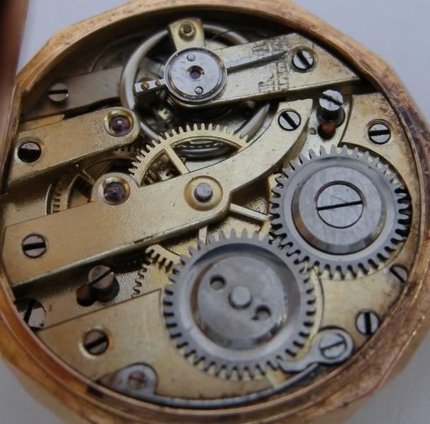 Guide richement illustré : les montres de poche courantes DSCN1199-2