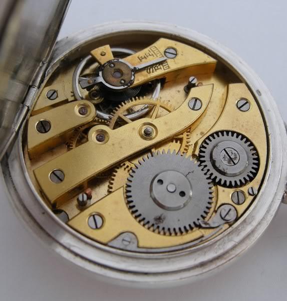 Guide richement illustré : les montres de poche courantes DSCN1259-2
