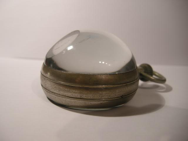 Une montre 'boule' trouvée en brocante DSCN4628