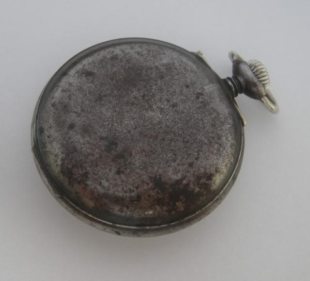 Guide richement illustré : les montres de poche courantes DSCN4958-1
