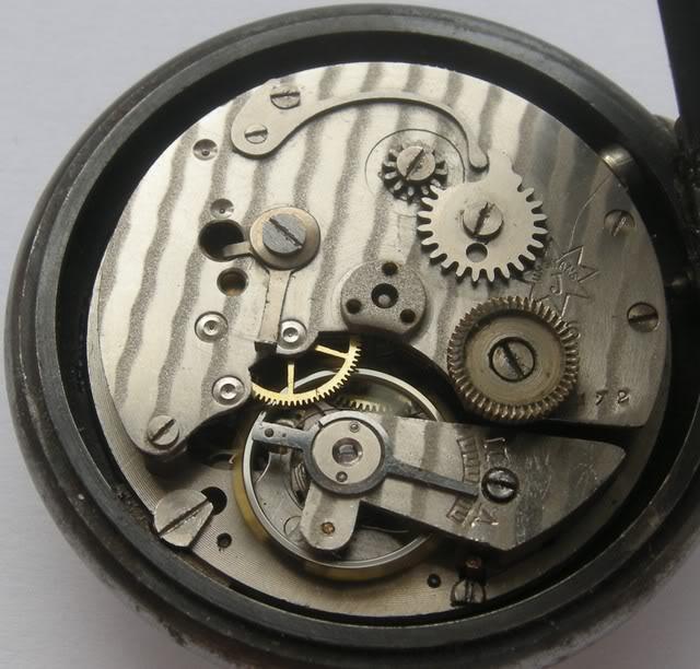 Guide richement illustré : les montres de poche courantes DSCN4974-1