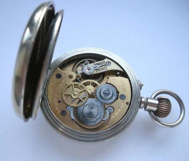 Guide richement illustré : les montres de poche courantes DSCN5579-1