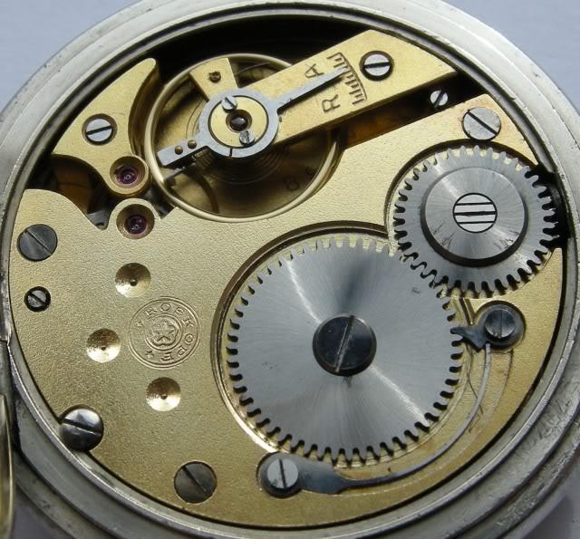 Guide richement illustré : les montres de poche courantes DSCN7947-1