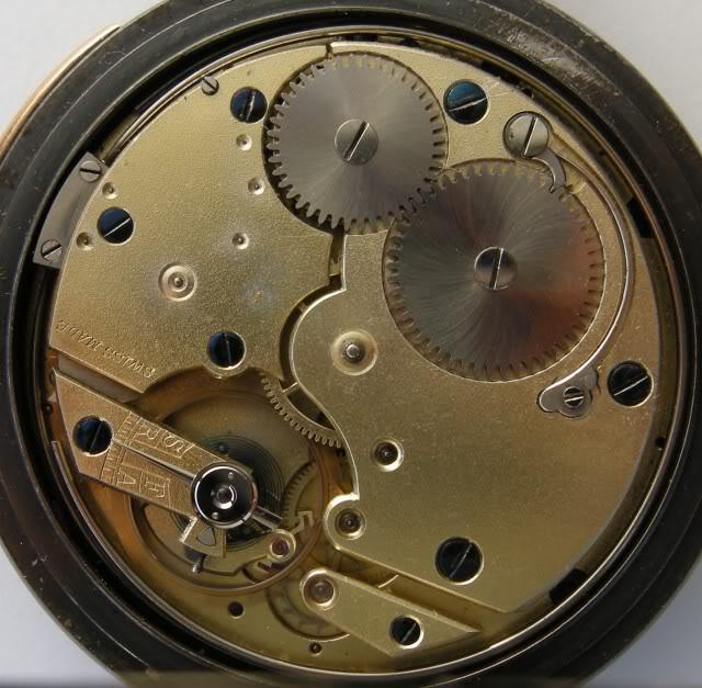 Guide richement illustré : les montres de poche courantes DSCN9560-1