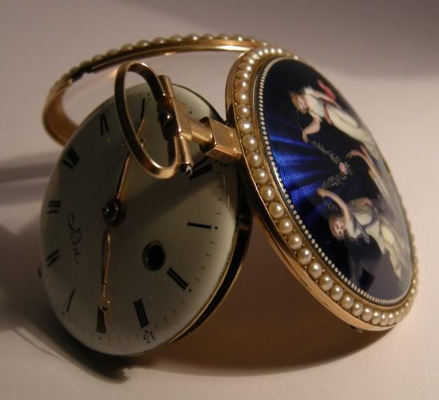 Une rare montre émaillée à seconde centrale DSCN9576-1-2