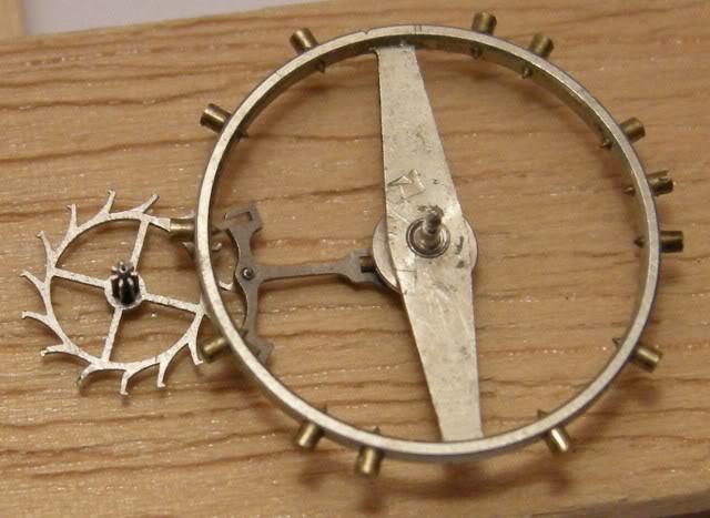 Guide richement illustré : les montres de poche courantes DSCN9582-1