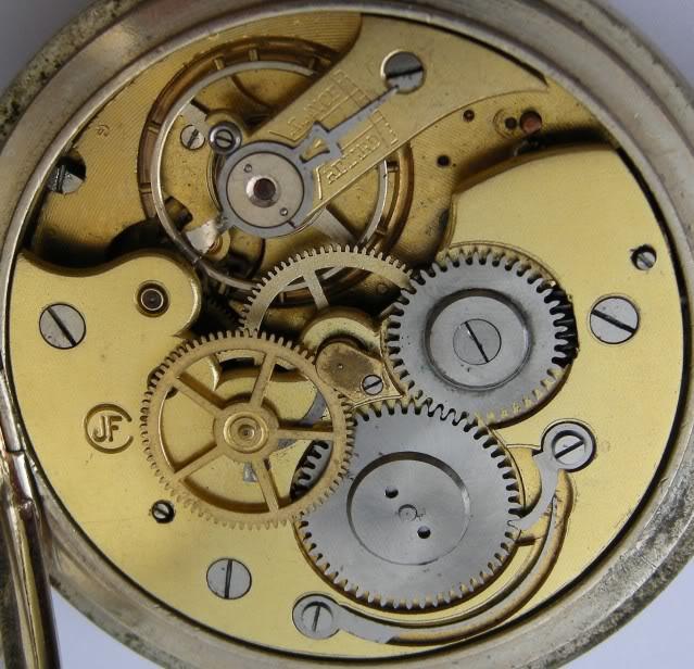 Guide richement illustré : les montres de poche courantes DSCN9670-1