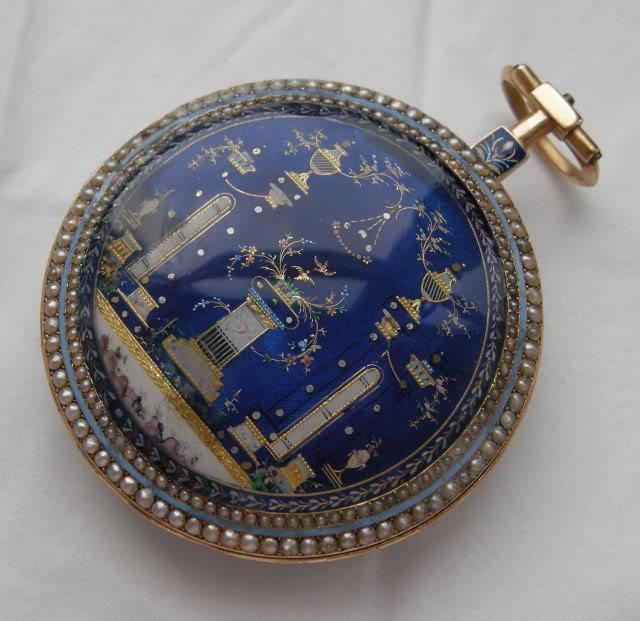 Une rare montre émaillée à seconde centrale DSCN9881-1