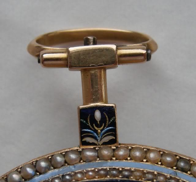 Une rare montre émaillée à seconde centrale DSCN9901-1-3