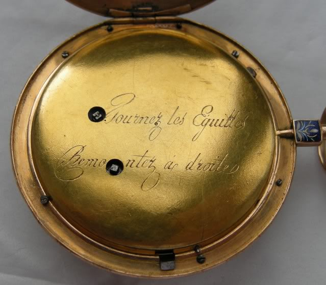 Une rare montre émaillée à seconde centrale DSCN9905-1