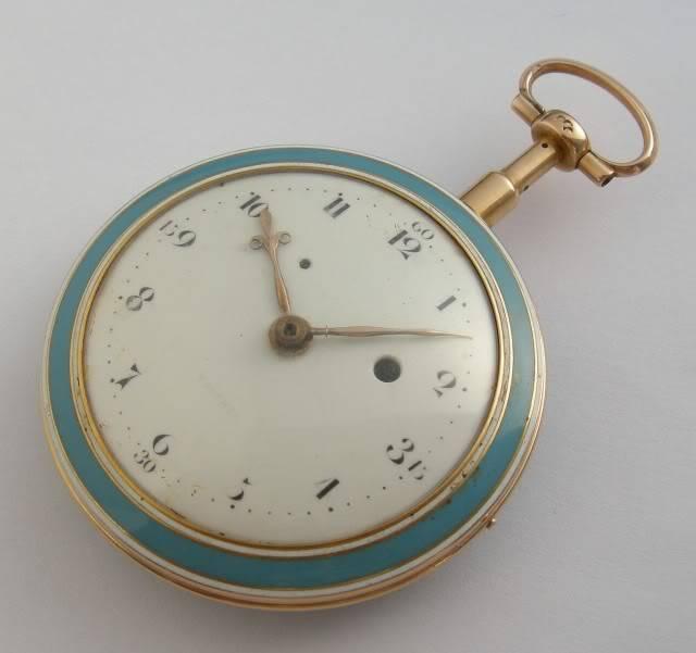 Deux montres qui se suivent à 4 numéros près DSCN9923-1