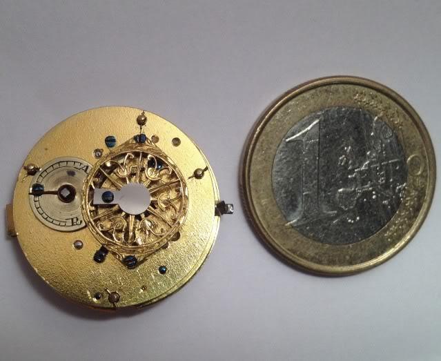 A very nice shell shaped miniature watch IMG_0879-1