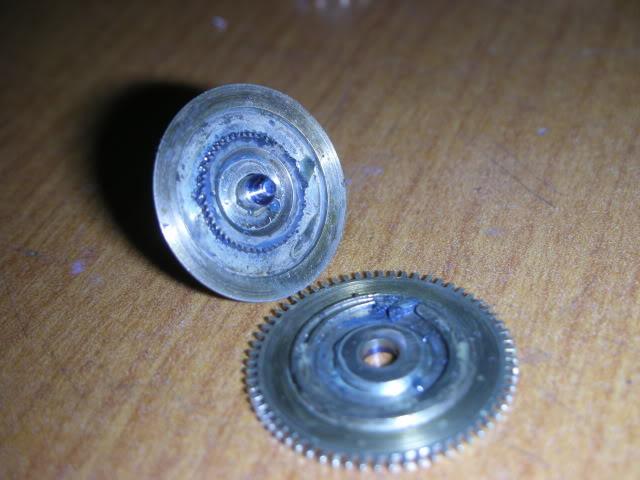cloche - Restauration complète d'une montre à sonnerie sur cloche en images  Fuse1