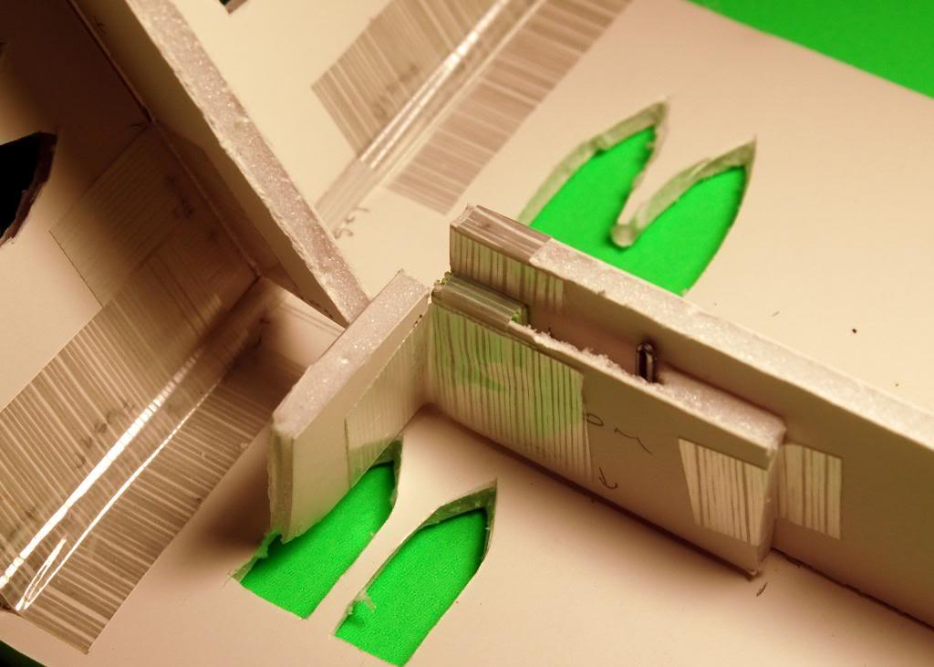 Mordheimer's Collapsible Terrain Log (SUPER PIC HEAVY!) B01-LockFail19