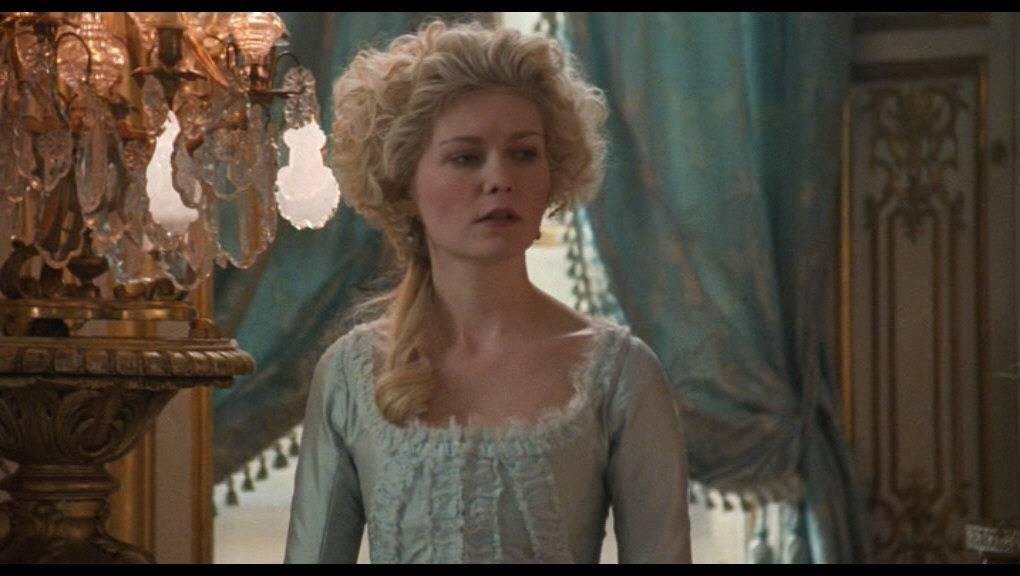 Conversación Pendiente Marie-Antoinette-kirsten-dunst-188790_1020_576%201_zpszuyibmy1