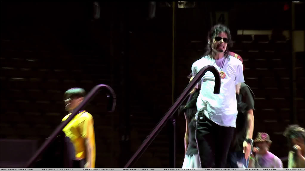 I Just Can't Stop Loving You, Michael Jackson 020