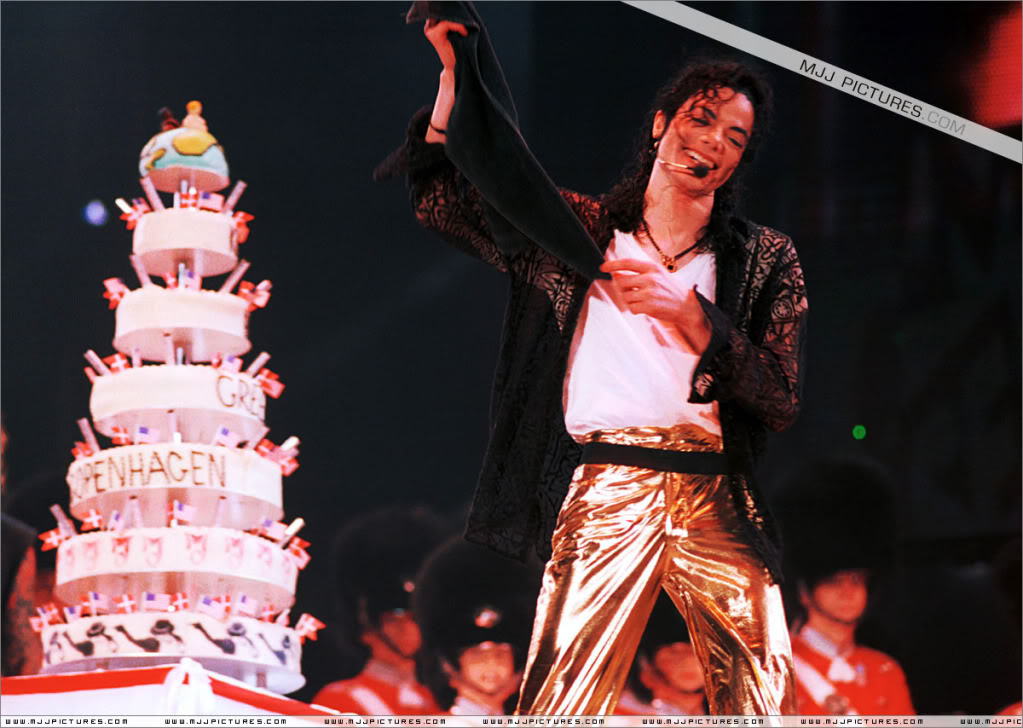 I Just Can't Stop Loving You, Michael Jackson 027