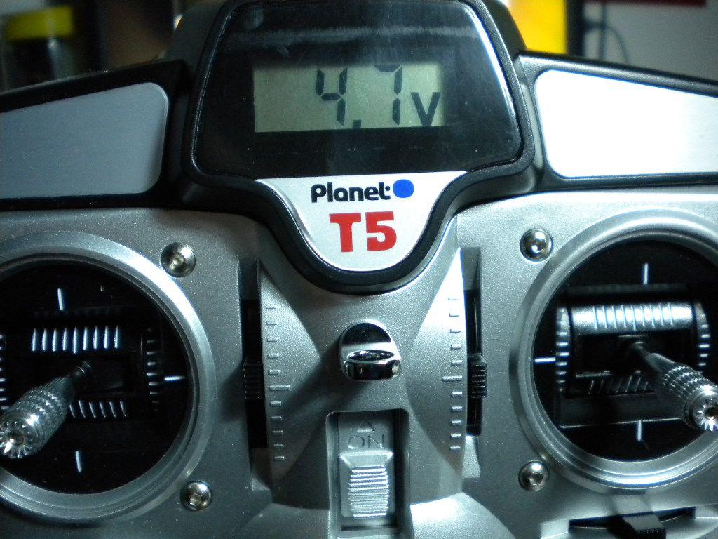 Prime impressioni Planet T5 2,4Ghz 5CH  DSCN2137