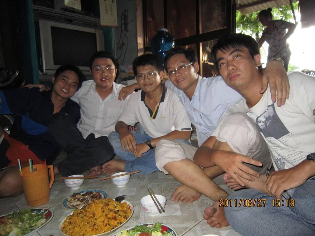 Tiệc chia tay tiệm net của nhà pạn Tiến :D IMG_0302