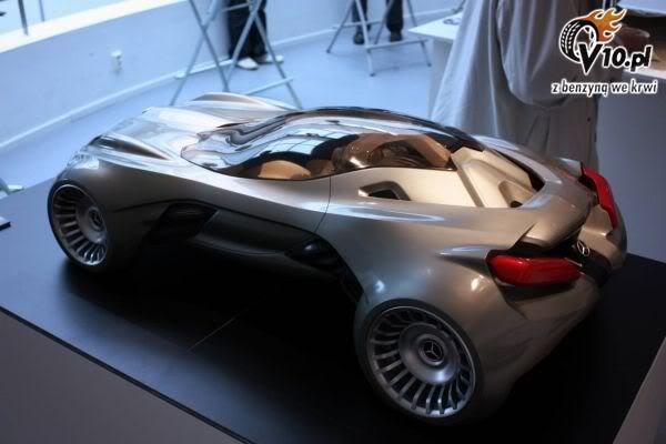[Présentation] Le design par Mercedes - Page 2 Mercedes_cyborg_sensation_concept_0