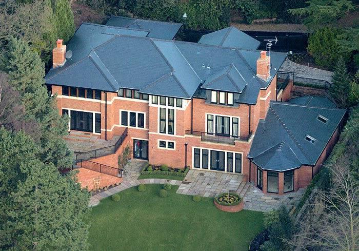 Namas/Išorė/Įėjimas. RonaldoAriel1PB_700x489
