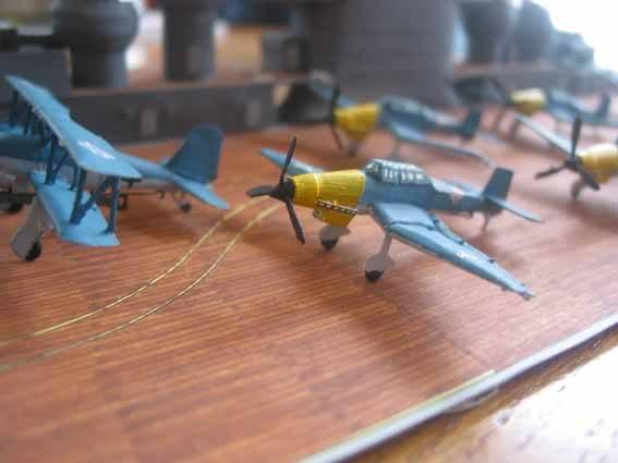 Baustopp!!!Graf Zeppelin von GPM 1:200 - Seite 2 Graf133