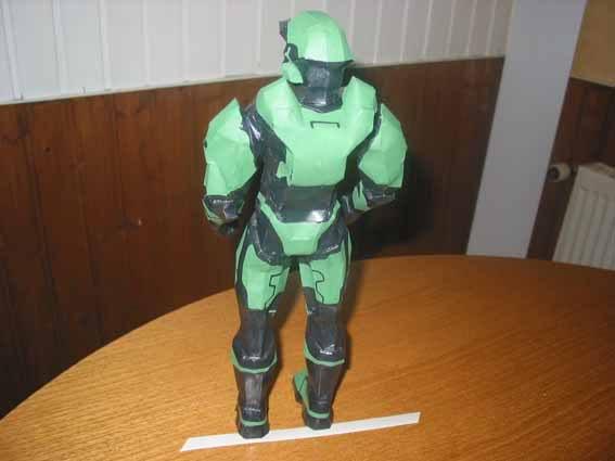 Kampfanzug aus Halo (Videospiel) Halo11