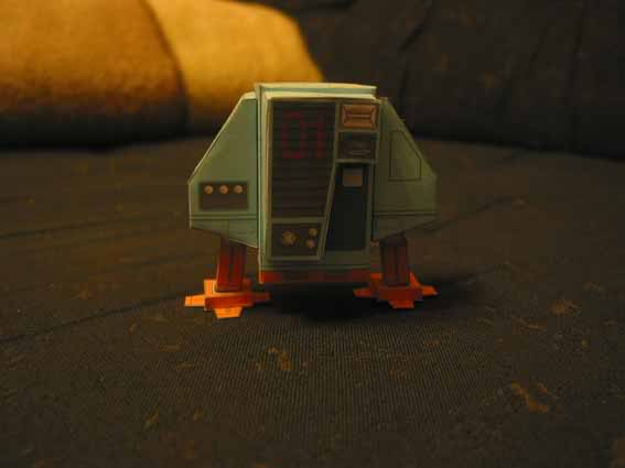 ein kleiner Roboter Robo5
