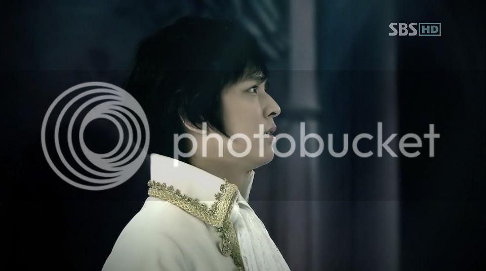 Witch Yoo Hee -->Kim John Hoon Ep1-204