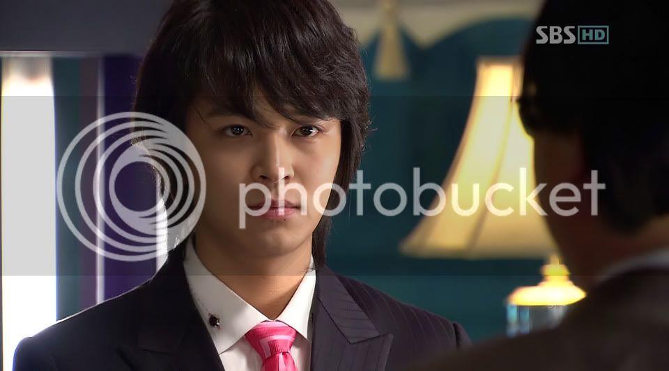 Witch Yoo Hee -->Kim John Hoon Ep7-33