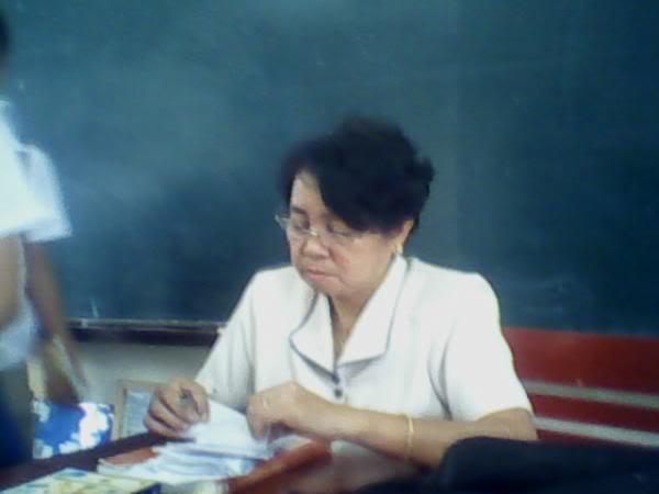 2nd yeaR Teacherz!!! 1_384563753l