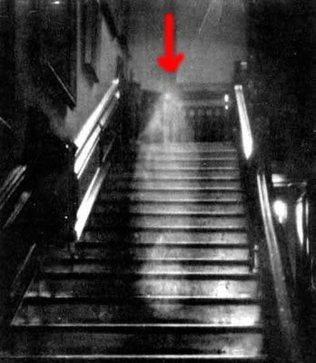 Pictures of ghosts... 00