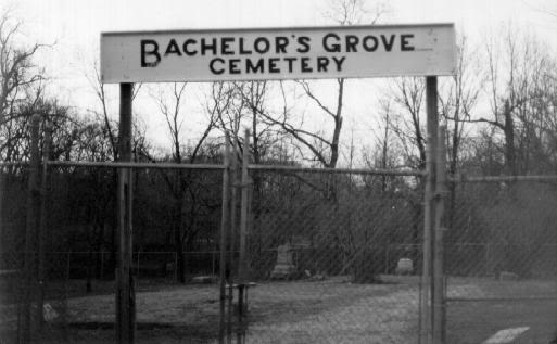 Bachelor`s Grove Cemetary 1