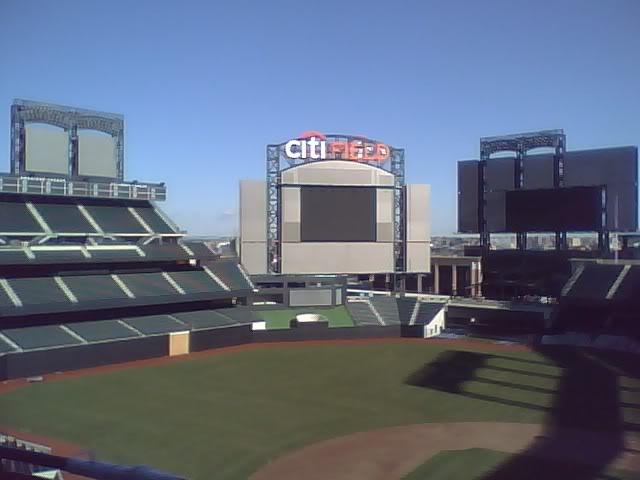 Citi Field - Nuevo Estadio de los New York Mets (2009) - Página 3 CITIHOLYLORDDDDDDDD009