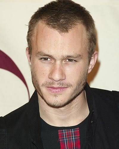 Heath looking his usual gorgeous self... Ledger_JS5188423349_400
