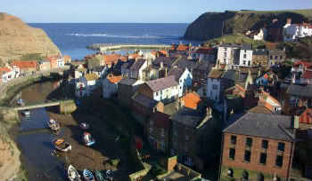 Green's Academy {LB} 9905_02_13---Staithes--North-Yorksh