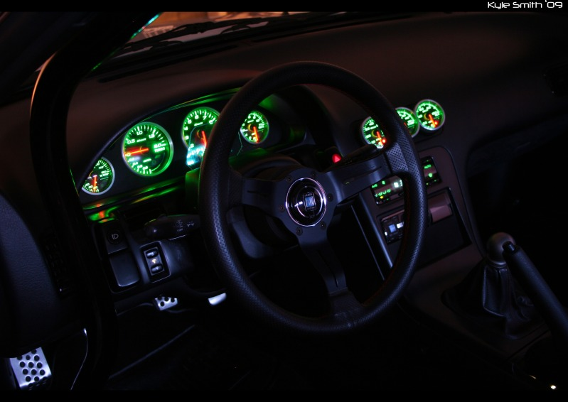The OFFICIAL post your fave JDM y0 car picz  Broadfield-interior-night-gauge