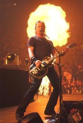 Metallica Metallica_Hetfieldfogo