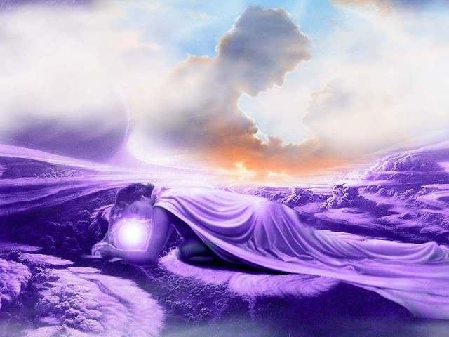 VIOLET - Page 2 Dreams_in_Cloud