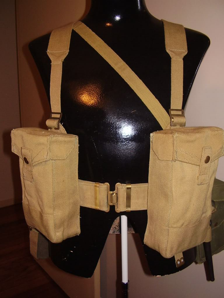British and Commonwealth Web Equipment of the Two World Wars. House035