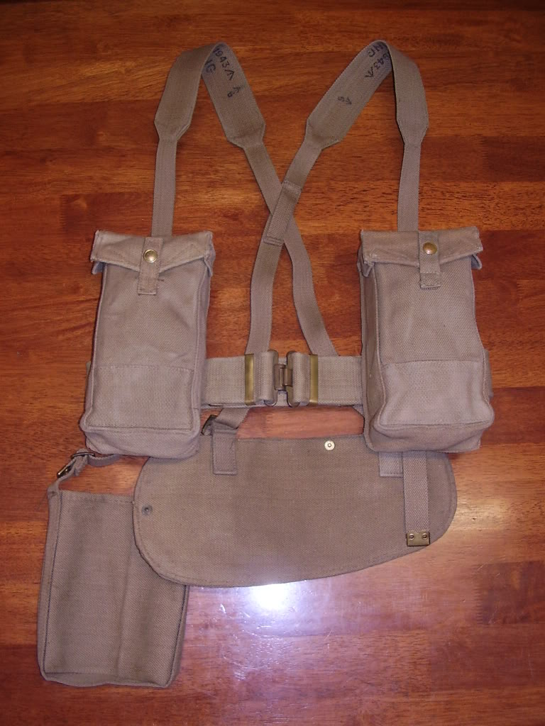British and Commonwealth Web Equipment of the Two World Wars. Uniforms123