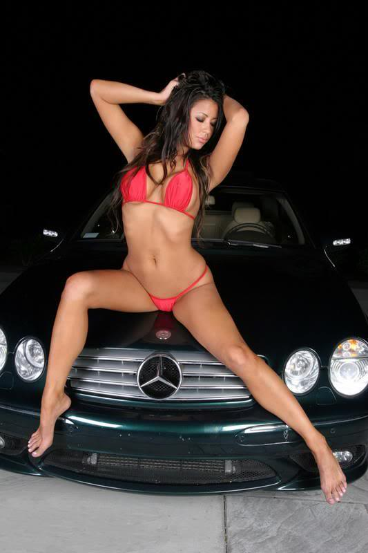 Sexy Bitches with Cars Thread. 311693_400497093341072_1094618448_n