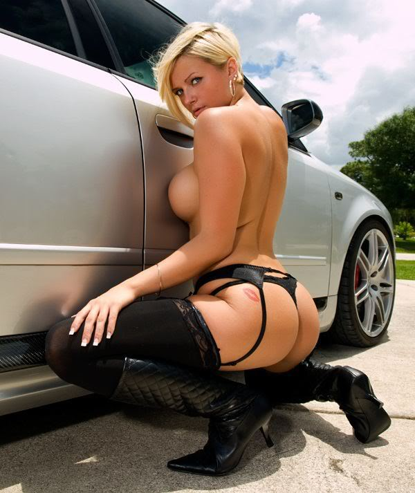 Sexy Bitches with Cars Thread. 402930_400497216674393_833651879_n