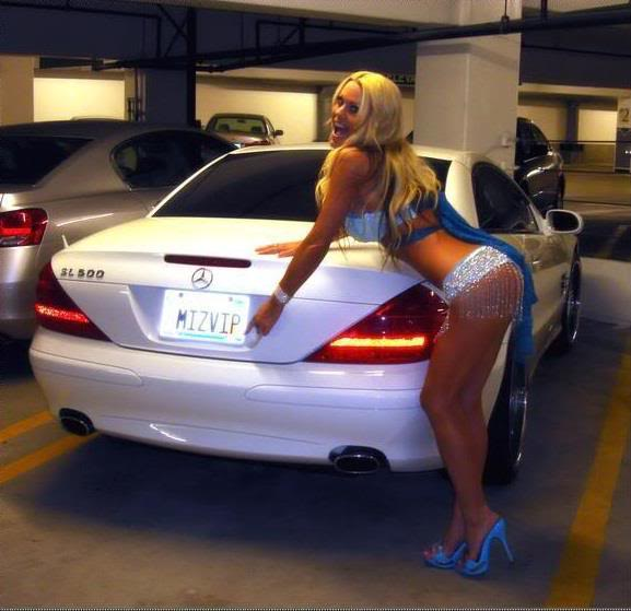 Sexy Bitches with Cars Thread. 552627_399481193442662_587215571_n