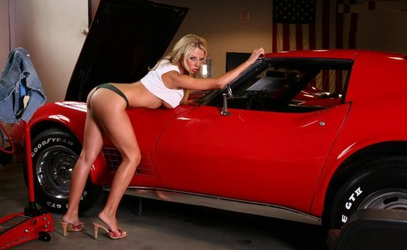 Sexy Bitches with Cars Thread. 561305_399481670109281_1861904760_n